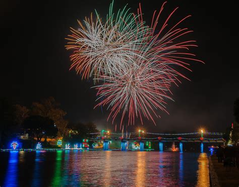 The Best Fireworks Displays In Louisiana In 2016   Cities ...