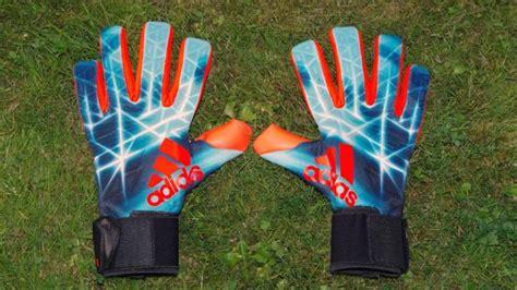 The Best Goalkeeper Gloves   Coach