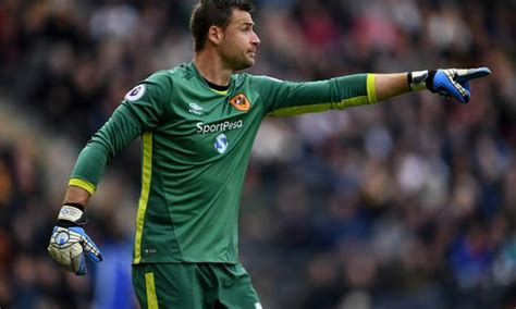 The best goalkeepers in the Premier League ranked from 20 ...