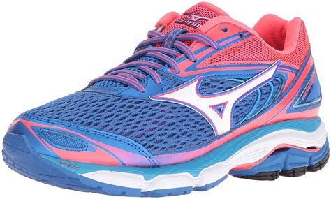 The Best Running Shoes for Women with Flat Feet   The ...