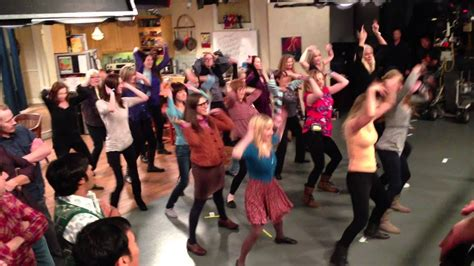The Big Bang Theory Flash Mob  Cast and Crew    [Full ...