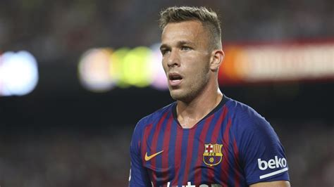 The bonus payments in Arthur's transfer from Gremio to ...