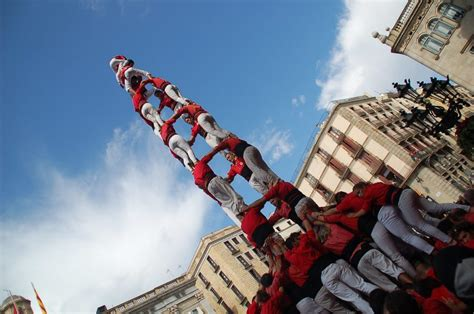 The Castellers de Barcelona celebrate their 50th ...