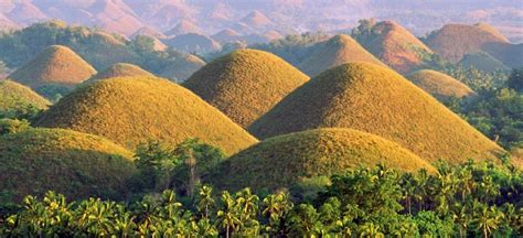 The Chocolate Hills | magTXT