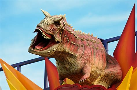 The Disney Tourist: Dinosaur!