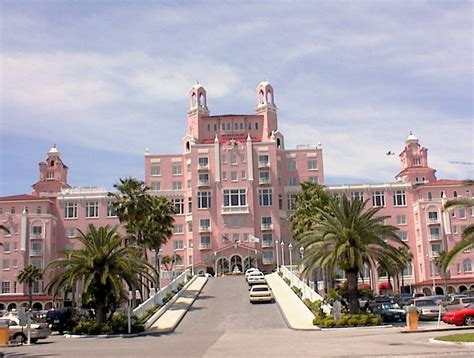 the famous  pink  hotel.....the Don CeSar Hotel in St ...