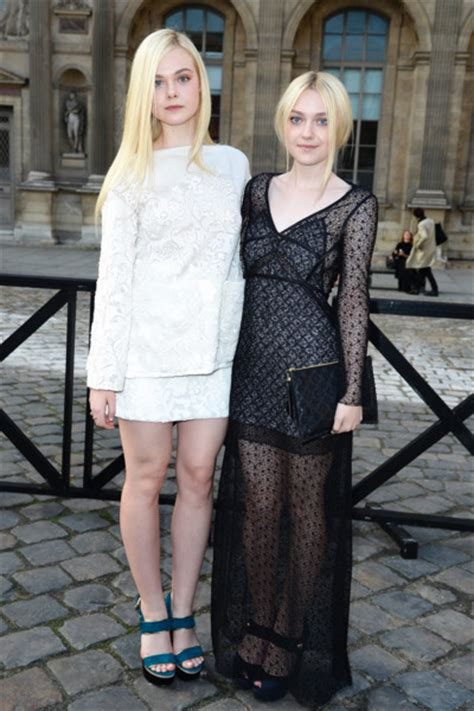 The Fanning Sisters Were Opposites at LV    The Cut