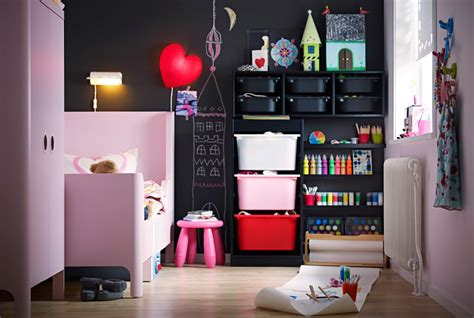 the fun upcycled kids' room
