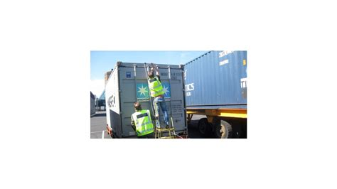 The number of active remote container tracking units ...