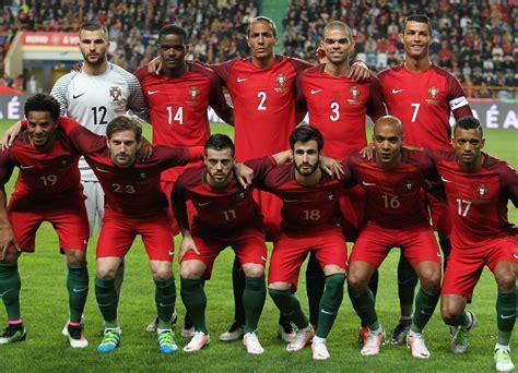 The soccer team : whitepeoplegifs