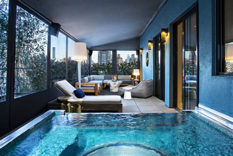 The Top Five US Hotels With a Jacuzzi In the Room