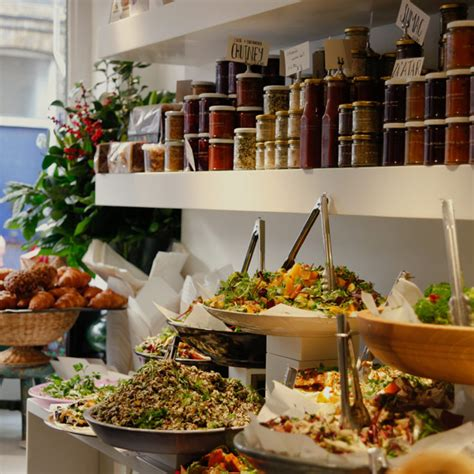 The Traveler's Guide to Finding Good Restaurants | Find ...