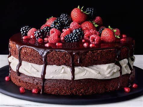 The Ultimate Decadent Chocolate and Cream Layer Cake ...