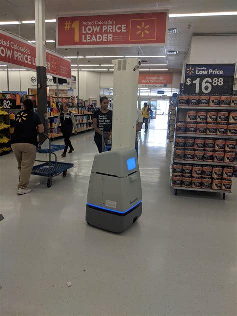 This walmart has a robot that checks inventory | Shopping ...
