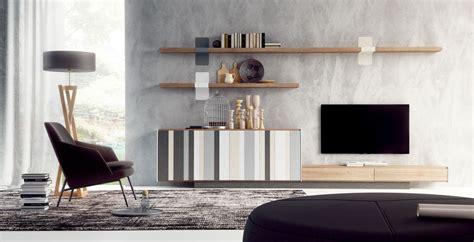 Tienda con muebles Lagrama en Reus | Salones Modernos ...