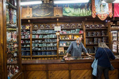 Tiendas antiguas de Valencia | Guía Repsol
