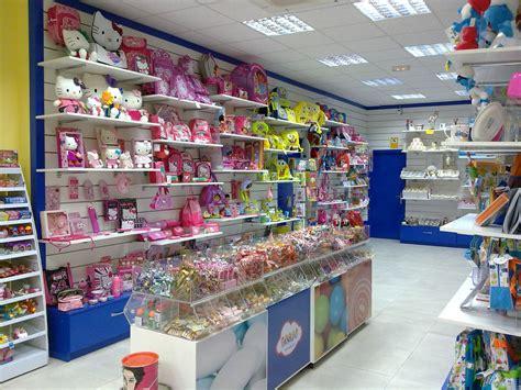 Tiendas de golosinas Dulce Diseño | Interiores de tiendas ...