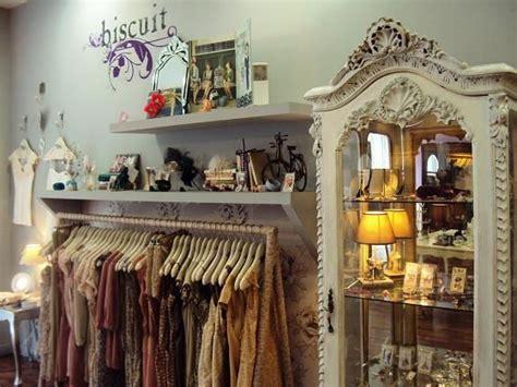 Tiendas de segunda mano en Madrid: ruta por Malasaña ...