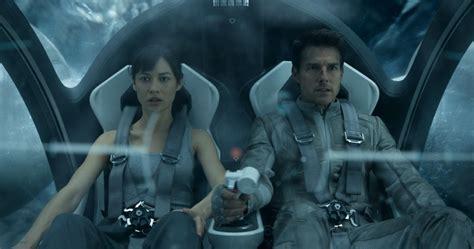 Tom Cruise continúa arrasando con su nueva película