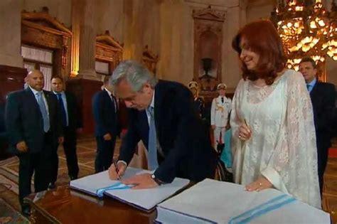 Toma de posesión de Alberto y Cristina Fernández en ...