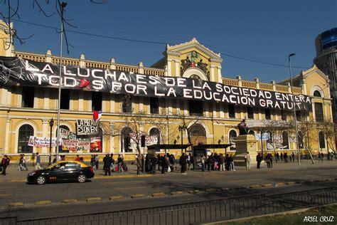 Toma Universidad de Chile / Casa Central   Vista de la ...