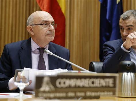 Toni Cantó ve  penoso  que en Podemos hagan lo contrario ...