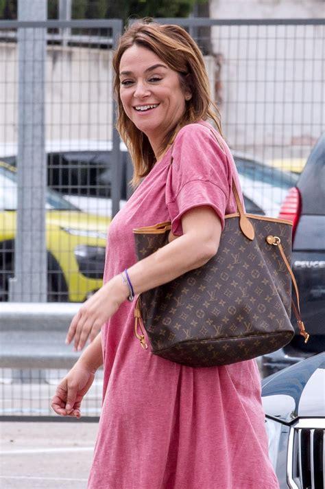 Toñi Moreno disfruta al máximo de su embarazo trabajando