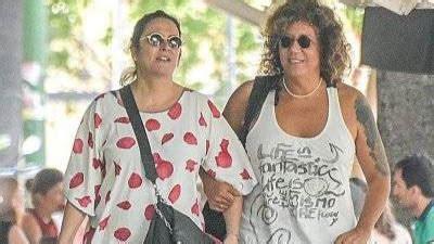 Toñi Moreno y Rosana pasean el embarazo y su amor como ...