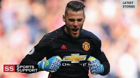 Top 10 Best Football Goalkeepers in The World   2017 2018 ...