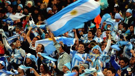 Top 10 Best International Football Teams in 2015