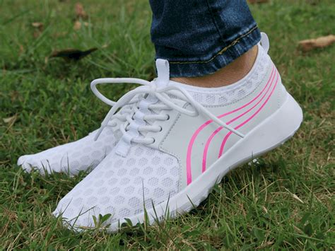Top 10 Best Running Shoes For Women of 2019 – Reviews
