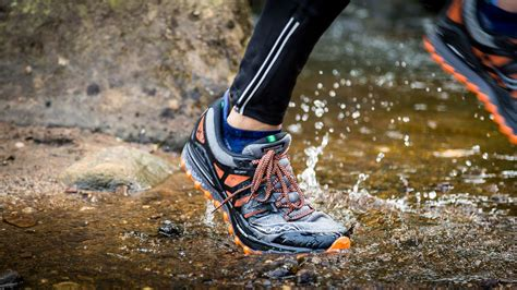 Top 10 Best Trail Running Shoes for Women in 2020 Reviews ...