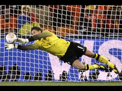 TOP 20 Best Goalkeepers In The World 2012   YouTube