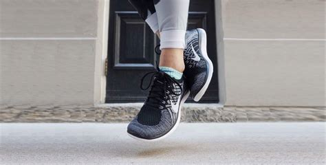 Top 20 Lightweight Shoes for Running, Walking, Casual ...
