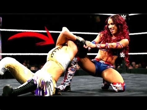 Top 5 Accidentes Espantosos En La Lucha Libre WWE   YouTube