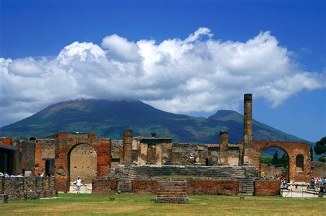 Top Five Archaeological Sites In Italy | ITALY Magazine