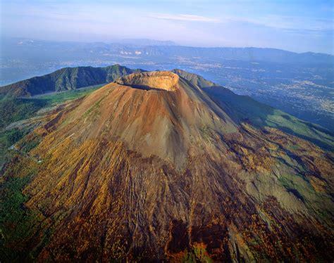 TopTen: Las Peores Erupciones Volcánicas de la Historia ...