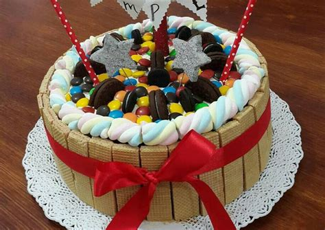 Torta de Cumpleaños fácil! Receta de Gabriela   Cookpad