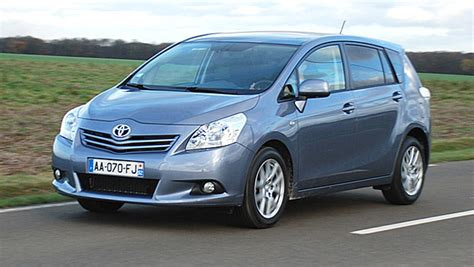Toyota Verso 2.0 D 4D 126 ch