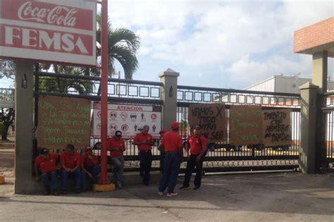 Trabajadores de Coca Cola Femsa paralizaron actividades ...