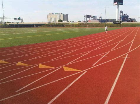 Track Access in Heart of South Philly « Eat, Drink & Run ...