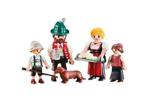 Traditional family   6395   PLAYMOBIL United Kingdom