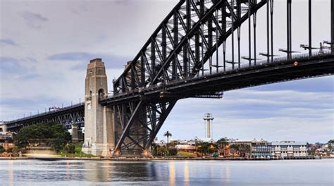 Traffic changes to southern end of Sydney Harbour Bridge ...