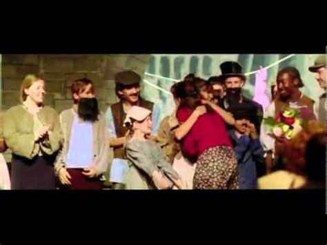 Trailer   One Day, Siempre el Mismo dia   Castellano   YouTube