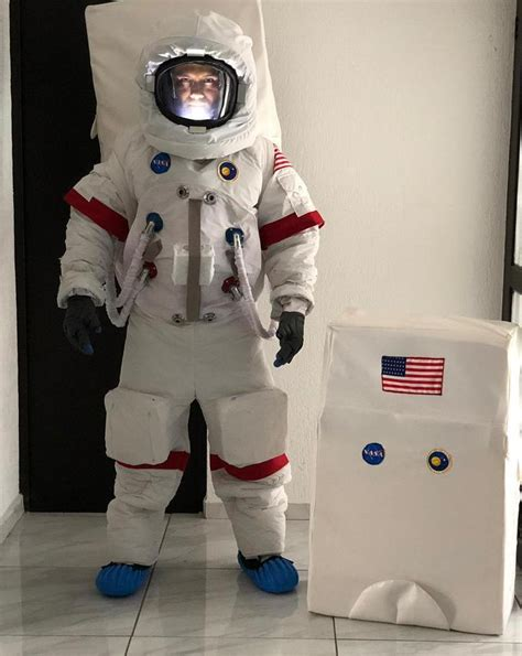 Traje de Astronauta Apollo 11, Kosmos Scientific de México