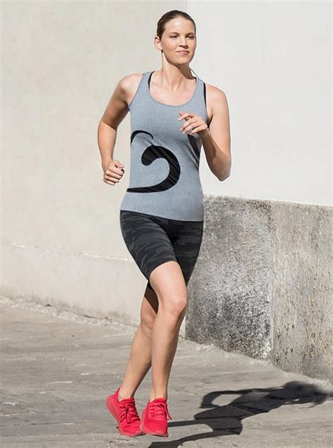 Traje deportivo para mujer: camiseta melange + ciclista ...