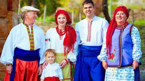 Trajes regionales europeos: Ucrania