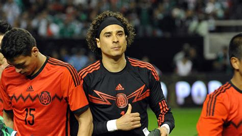 Transfer news: Guillermo Ochoa makes unspectacular move to ...