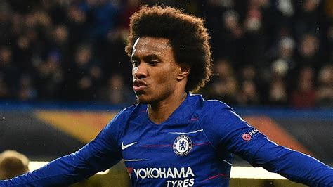 Transfer news: Willian wants Chelsea stay but is waiting ...