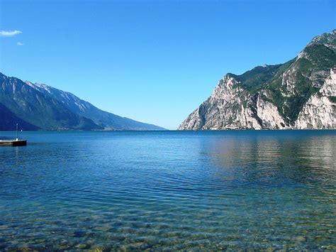 Travel Trip Journey : Lake Garda the Largest Lake in Italy